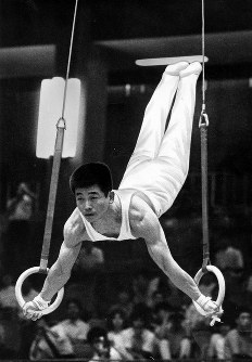 体操男子つり輪2連覇、中山彰規