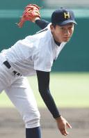 【作新学院―北海】北海の先発・大西=阪神甲子園球場で2016年8月21日、平川義之撮影