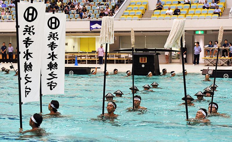 日本泳法大会:ハマスイ伝統の「...