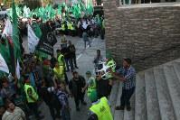 イスラム原理主義組織ハマスは、イスラエルとの戦闘に「勝利した」祝勝イベントで、密輸した民生品のドローンを飛ばして見せた=パレスチナ自治区ガザ市内で2014年8月、大治朋子撮影