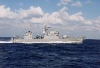 ミサイル艇824「はやぶさ」。同型艦は825「わかたか」、826「おおたか」、827「くまたか」、828「うみたか」、829「しらたか」=海上自衛隊提供