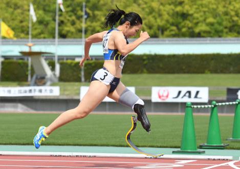 障害者スポーツと社会との橋渡し役として期待される陸上の高桑=徳野仁子撮影