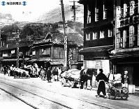 【長崎】リヤカー、馬車で避難=1945(昭和20)年8月