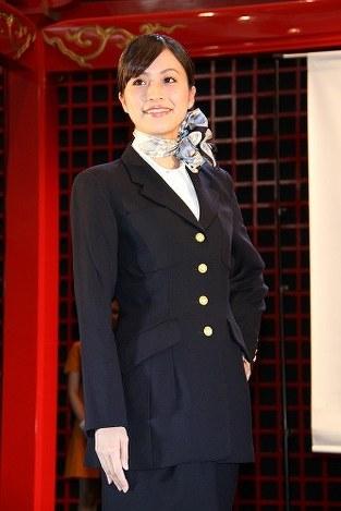 写真特集:JAL:歴代CA制服ファ...