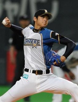 投手としての一軍デビューは5月24日のヤクルト戦。最速157キロを記録した=札幌市豊平区の札幌ドームで2013年5月23日、梅田麻衣子撮影