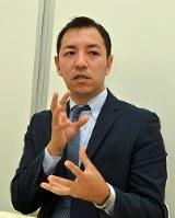鳩山二郎氏