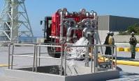 緊急用の貯水槽付近では原子炉注水の模擬訓練が行われた=御前崎市の中部電力浜岡原発で