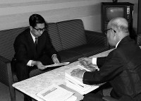 Prince Mikasa is seen at the Mainichi Newspapers Co. head office on July 4, 1968. (Mainichi)