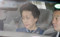 赤坂御用地を出る常陸宮妃華子さま=東京都港区で2016年10月27日午後1時33分、宮武祐希撮影