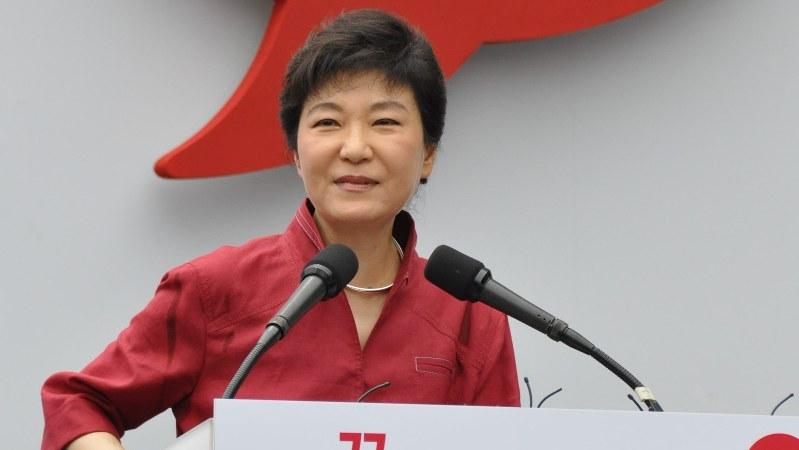 政権発足以来最大のピンチに陥った韓国・朴槿恵大統領