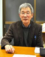 引きこもり家族会の設立に向けて活動する佐々木善仁さん。「もっと地域全体でこの問題に取り組んでほしい」と願う=陸前高田市小友町で
