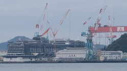三菱重工業長崎造船所=酒井雅浩撮影