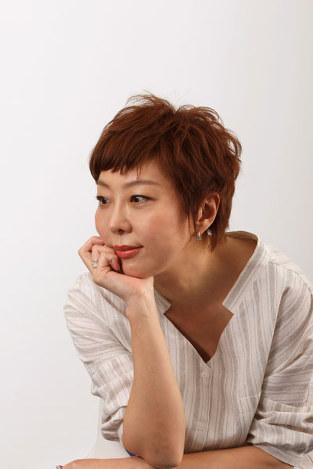 室井佑月さん:自分のなかの「女」と徹底的に対峙 「女は死なない」連載スタート - 毎日新聞