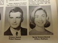 メーンサウス高校の校内新聞(1965年6月7日発行)に掲載されたヒラリー・クリントン氏(右下)=長野宏美撮影