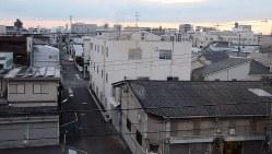 中小工場が並び、日本の「ものづくりのまち」を代表する東大阪市=2016年6月9日、釣田祐喜撮影