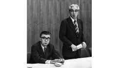 ソニーの井深大氏(左)と盛田昭夫氏=1971年5月31日撮影