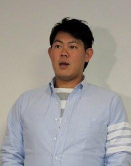 巨人へのFA移籍を決断し、心境を語る山口=東京都内で2016年12月2日、細谷拓海撮影