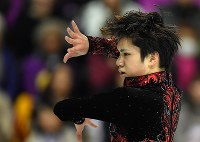 Figure skater Shoma Uno performs during the 2016 Grand Prix Final men's singles free skating in Marseille, France, on Dec. 10, 2016. (Mainichi)