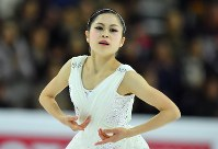 Satoko Miyahara performs during the 2016 Grand Prix Final women's singles free skating in Marseille, France, on Dec. 10, 2016. (Mainichi)