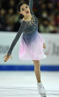 Russian figure skater Evgenia Medvedeva performs during the 2016 Grand Prix Final women's singles free skating in Marseille, France, on Dec. 10, 2016. (Mainichi)