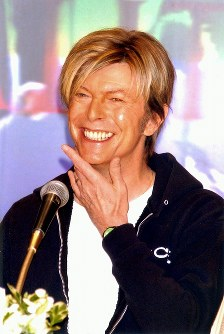 デヴィッド・ボウイさん=都内のホテルで2004年3月8日、中村琢磨撮影