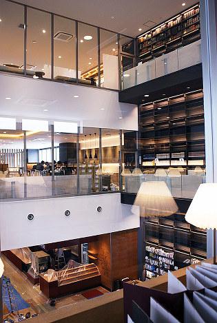 CCC図書館:来月開館、準備進む ...