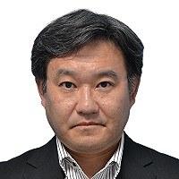 足立正彦氏