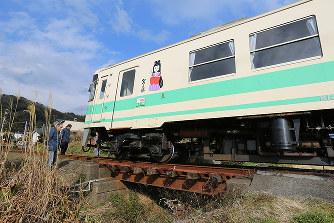 鉄道事故:紀州鉄道が脱線 けが...