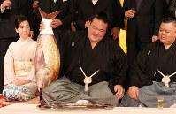 【72代】稀勢の里寛=東京都千代田区で2017年1月25日午前9時42分、後藤由耶撮影