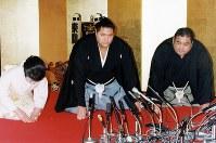 【64代】曙太郎=東京・渋谷区の明治神宮で1993年1月28日撮影