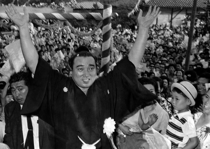 49 代 横綱 第49代横綱・栃ノ海が死去 82歳誤嚥性肺炎、史上2番目の長寿―