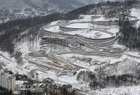 ボブスレーなどが行われるスライディングセンター=韓国・平昌で2017年2月7日、佐々木順一撮影