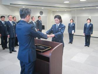 警察官3人再採用 辞令交付 /東京アクセスランキング編集部のオススメ記事