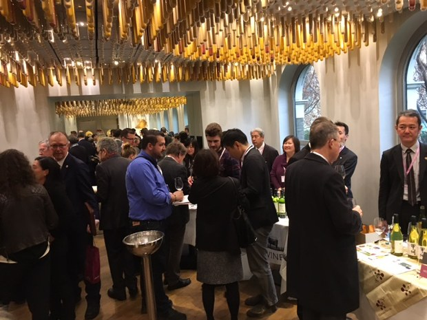 ロンドンでのプロモーションには山梨県のワイナリー11社が参加。生産者からは「甲州ワインはロンドンで鍛えられた」との声も=2017年2月1日、三沢耕平撮影
