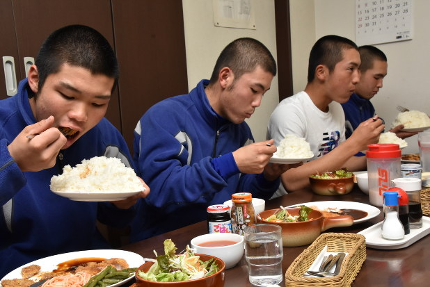 神戸 国際 大学 付属 高校 サッカー