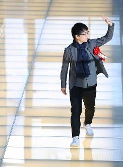 アニメーション映画賞、TUTAYA×Filmarks映画ファン賞を受賞した「君の名は。」の新海誠監督=川崎市幸区のミューザ川崎で2017年2月15日午後2時5分、長谷川直亮撮影