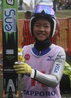 Ski jumper Sara Takanashi smiles after winning the Ito Cup Summer Final at the Okurayama Ski Jump Stadium in Sapporo on Oct. 18, 2009. (Mainichi)