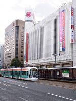 (6)中国新聞社の跡地には広島三越が建ち、繁華街の顔になった=広島市中区で2017年2月6日、山田尚弘撮影