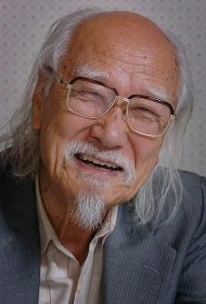 鈴木清順 映画監督=2005年6月4日、塩入正夫撮影