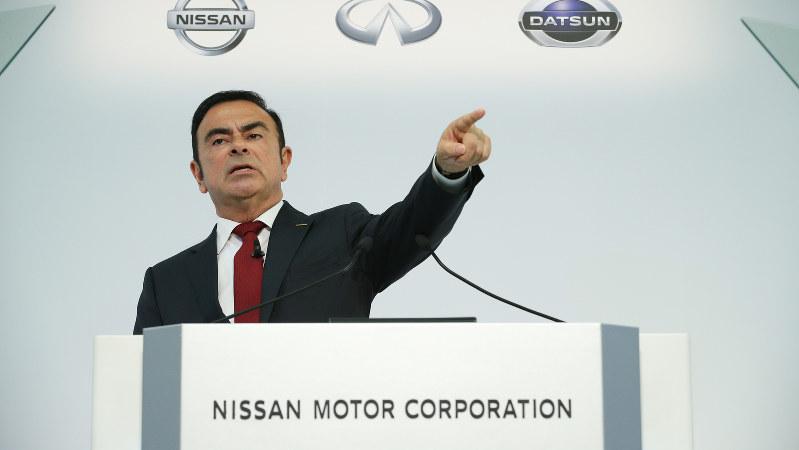 日産自動車の社長を退くカルロス・ゴーン氏=決算発表の記者会見で2015年、後藤由耶撮影