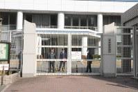 遺族男性と荒牧さんが奥本死刑囚と面会した2月13日の福岡拘置所