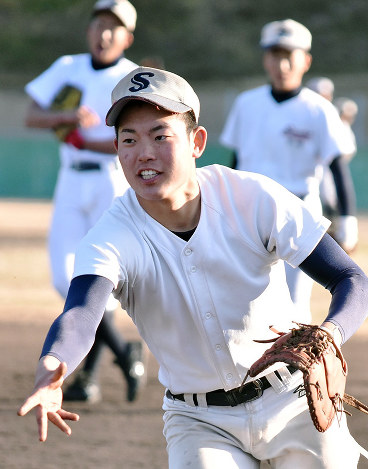 長沢宏行(創志学園高校野球部監督)の経歴は?母校か …
