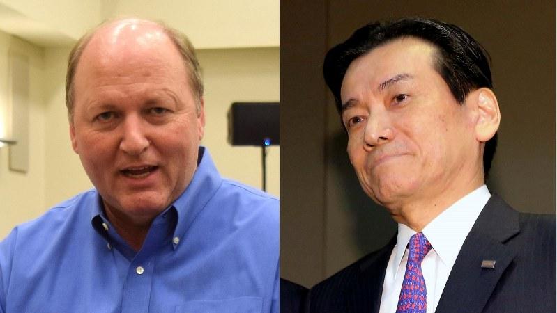 東芝の原子力事業の責任者だった志賀重範氏(右)とダニー・ロデリック氏
