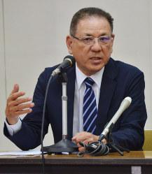 集会で安全保障関連法への懸念を語る元自衛官の西川さん集会で安全保障関連法への懸念を語る元自衛官の西川さん