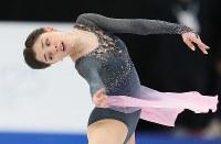 女子シングルで優勝したメドベージェワ=フィンランド・ヘルシンキで2017年3月31日、佐々木順一撮影