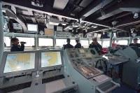 護衛艦「かが」の艦橋=広島県呉市で2017年4月3日午前11時21分、山田尚弘撮影