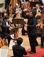 4月には再びカルロ・フェリーチェ劇場やバイエルン国立歌劇場へ登場するなど、勢いが止まらないバッティストーニ=写真提供:仙台フィルハーモニー管弦楽団