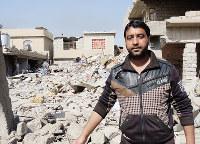 ISを狙った空爆が民家に着弾して、バシャールさんは家族を失った=イラク・モスルで2017年2月下旬、アジアプレス大阪の玉本英子さん撮影