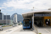 五輪開催に伴い整備されたバス高速輸送システム。利用者は当初見込みを下回っている=2017年2月5日午後0時51分、朴鐘珠撮影