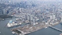 タワーマンションや商業施設でにぎわう東京湾岸地区=東京都江東区で2017年4月10日、佐々木順一撮影